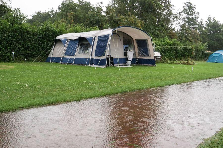 prepare for weather-camping- campdotcom