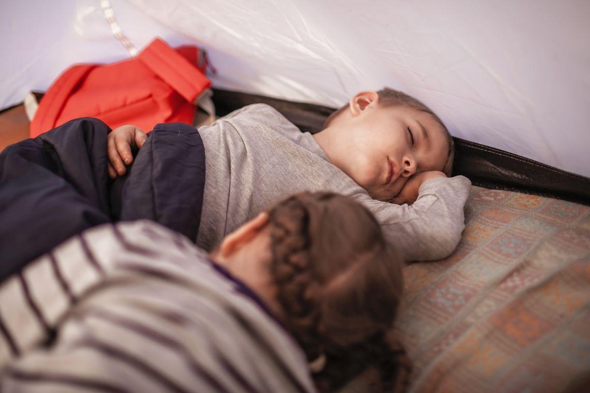 kids sleeping at camp